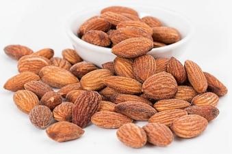 almonds-1768792_1280 - Copy